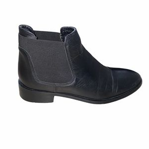 TopShop Black Leather Chelsea Boot